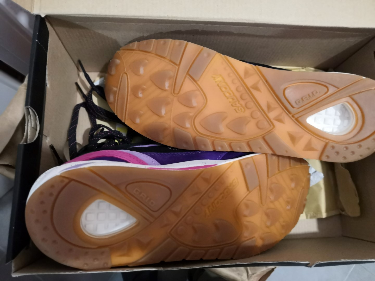 IMG_20200208_231718-saucony-g9-shadow-6-44.5fr-3-Large